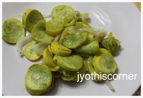 A Very Healthy 6 ingredient Yellow Squash, Parsnip and OnionRecipe